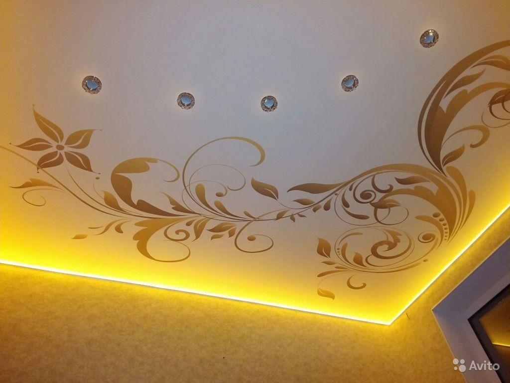 Узоры на натяжном потолке фото
