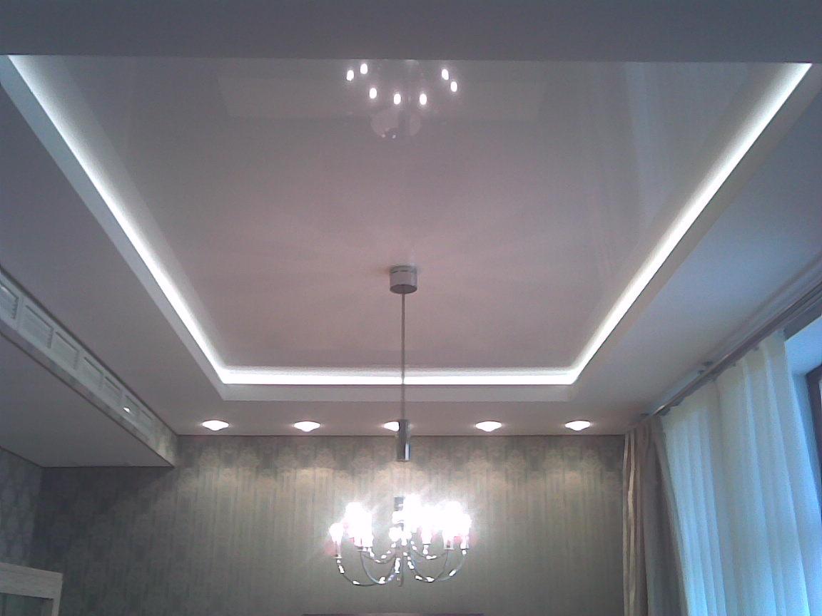 Подсветка на потолке
